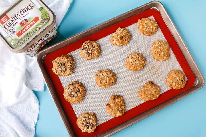 Make It Yours™ Oatmeal Raisin Mama Bear Cookies Recipe with Country Crock® | The Bearfoot Baker