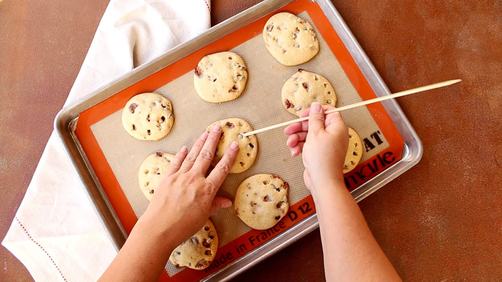 Make It Yours Cookie Recipe with Malted Milk Ball and Chocolate Chip Mix-Ins-Country Crock | The Bearfoot Baker