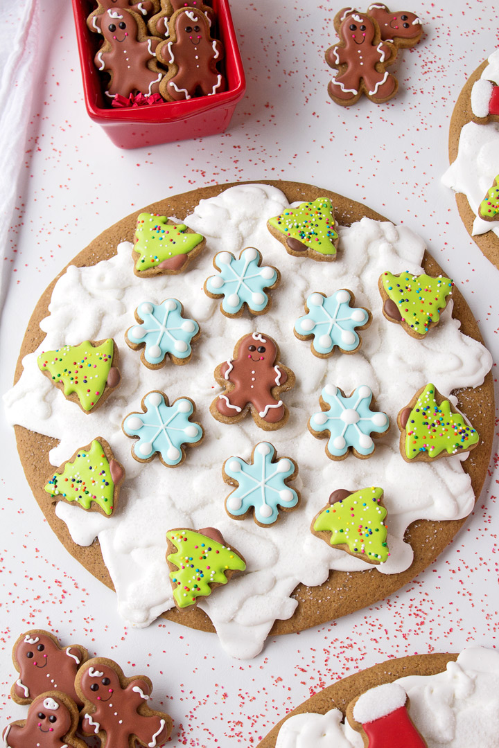 How to Make Cute Gingerbread Pizza Cookies with a Video | The Bearfoot Baker