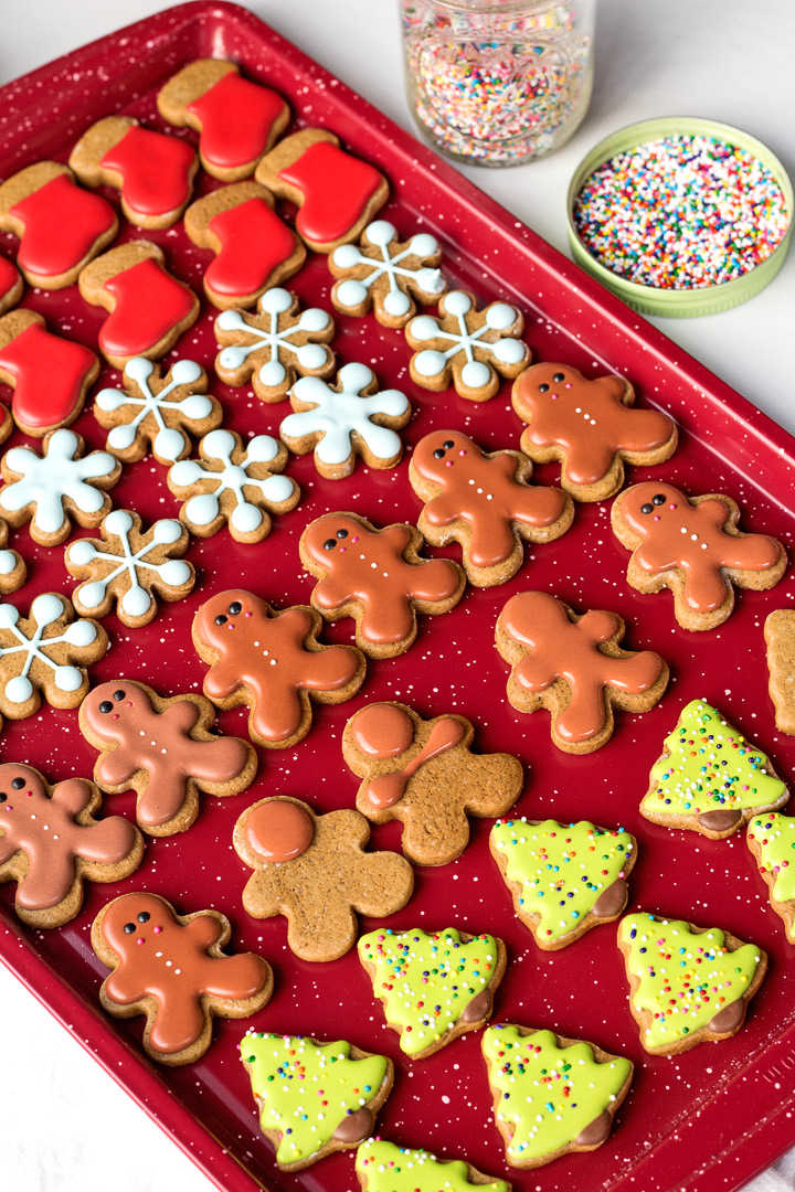How to Make Gingerbread Pizza Cookies | The Bearfoot Baker