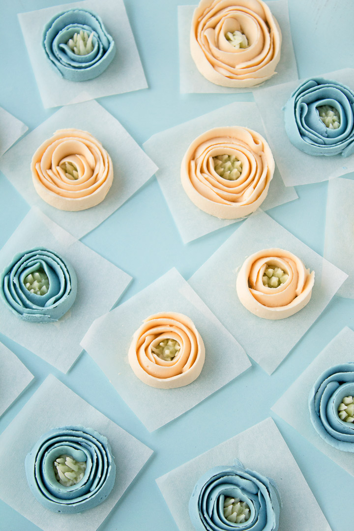 Buttercream Ribbon Roses with a Simple How to Video | The Bearfoot Baker