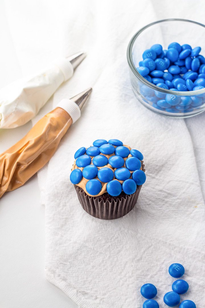 Pie Cupcakes with a How to Video Tutorial | The Bearfoot Baker