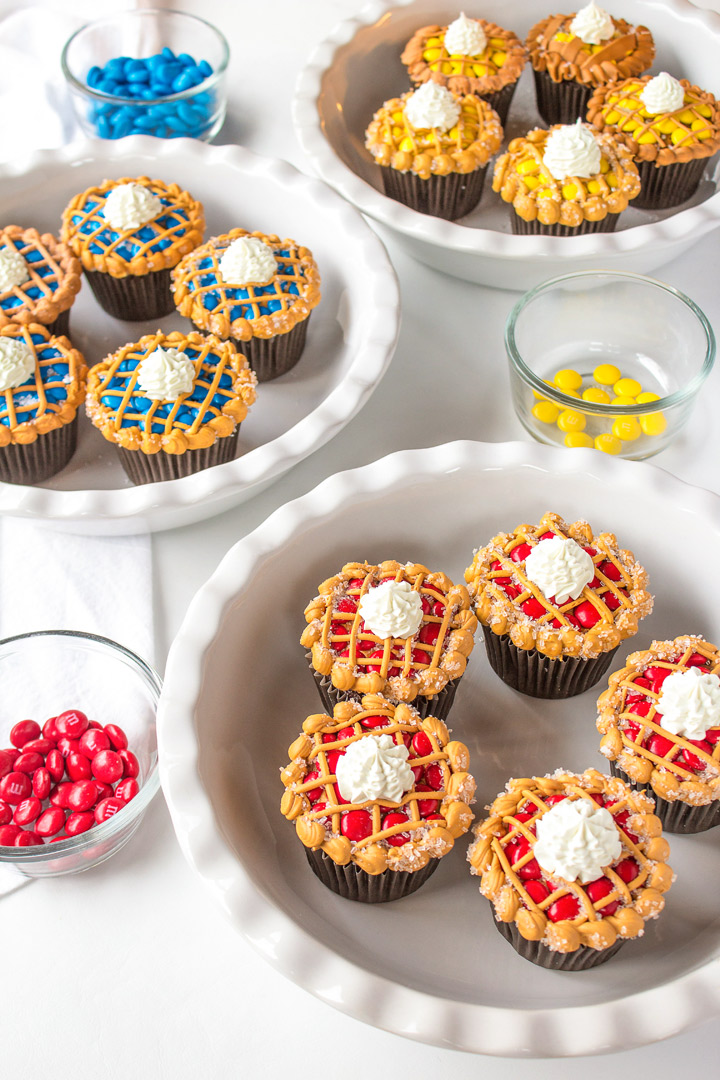 Simple Cupcakes that Look Like Little Pies | The Bearfoot Baker