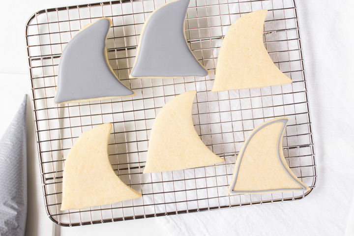 Shark Fin Cookies with a How to Video   The Bearfoot Baker