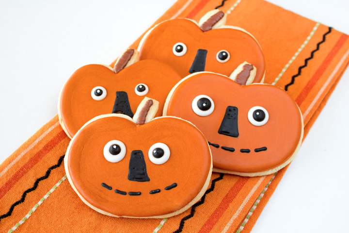 Fall Cookies Simple Folk Art Pumpkins | The Bearfoot Baker