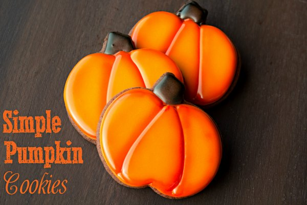 Pumpkin Cookies - Fall Cookies | The Bearfoot Baker