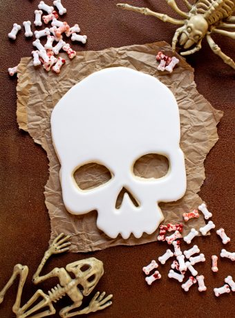 How to Make Scary Halloween Sugar Cookies with Video | The Bearfoot Baker