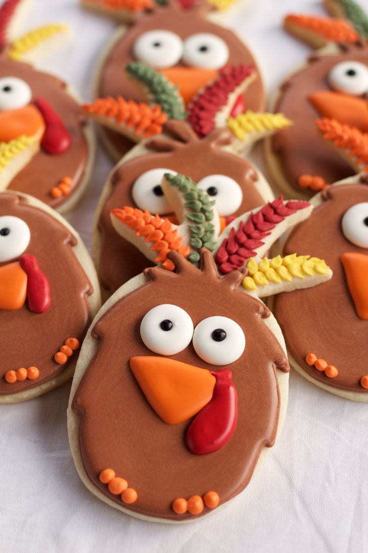 How to Make 10 Simple Turkey Cookies with Fun Cutters for Thanksgiving | The Bearfoot Baker