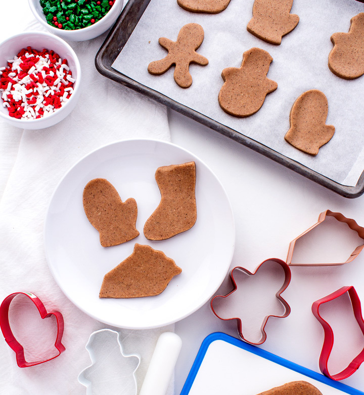 How to Make Gingerbread Playdough | The Bearfoot Baker