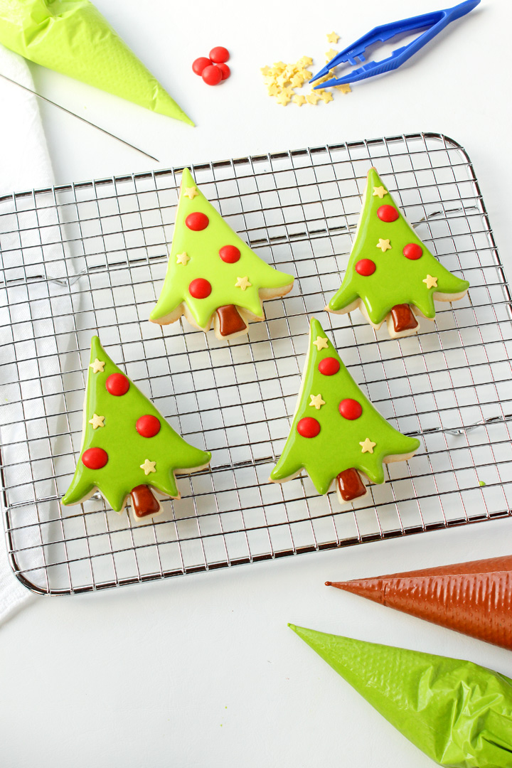 10 Christmas Cookies You Have Time to Make - Adorable-Little Christmas Tree Cookies | The Bearfoot Bake
