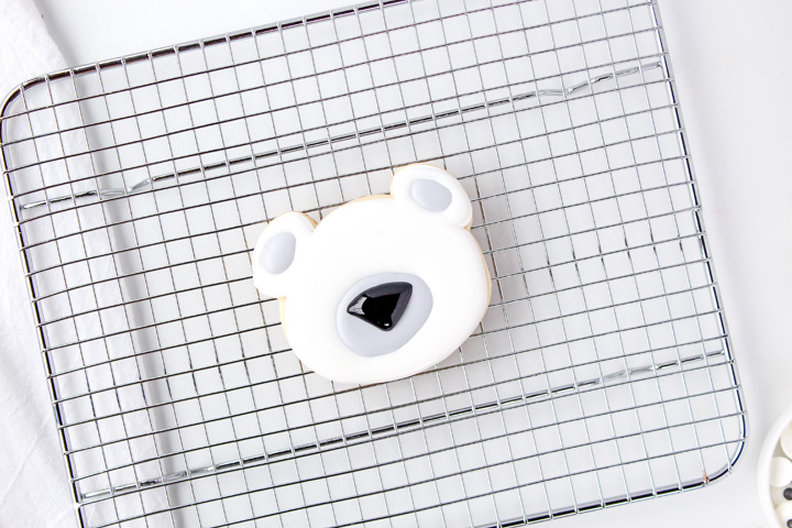 Adorable Polar Bear Cookies | The Bearfoot Baker