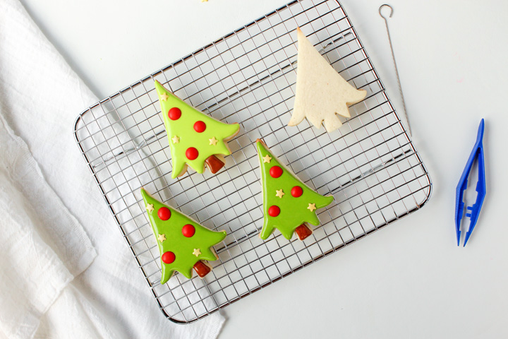 How to Make Christmas Tree Cookies | The Bearfoot Baker