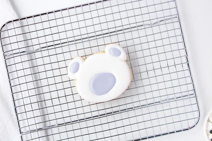 How to Make Cute Adorable Polar Bear Cookies with Royal Icing | The Bearfoot Baker