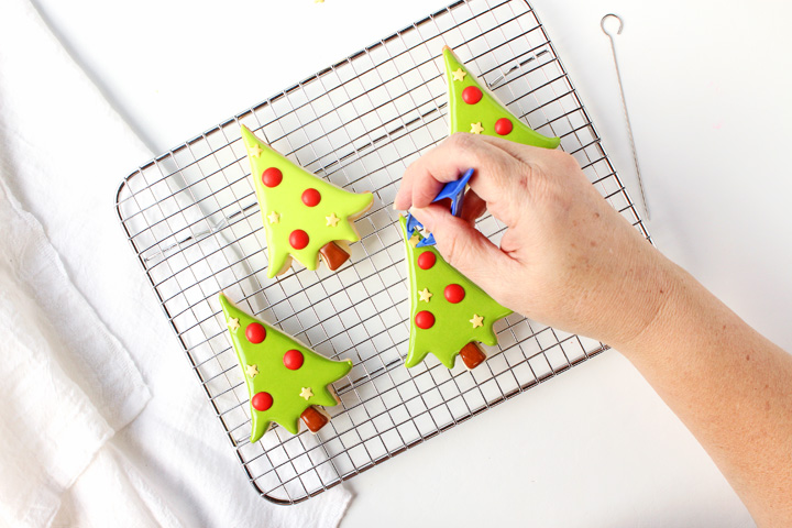 How to Make Little Adorable Christmas Tree Cookies | The Bearfoot Baker