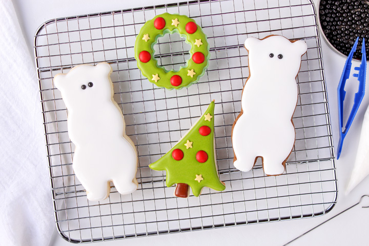 Decorated Bear Cookies with Royal Icing | The Bearfoot Baker