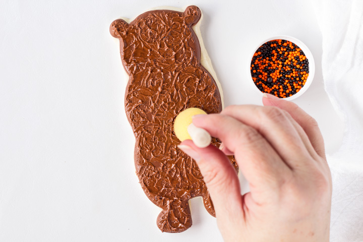 How to Make Bear Cookies | The Bearfoot Baker