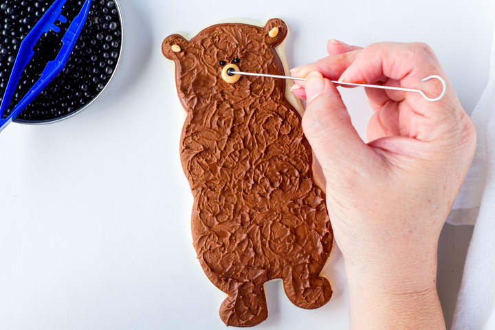 How to Make Fun Bear Cookies | The Bearfoot Baker