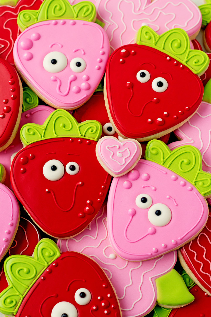 10 Valentine Day Cookies Your Sweetheart will Love I Love You Berry Much | The Bearfoot Baker