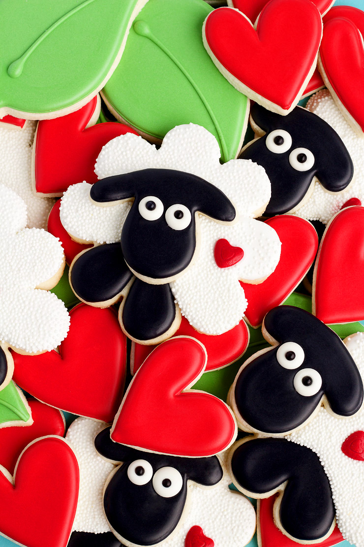 10 Valentine's Day Cookies Your Sweetheart will Love Wooly be my Valentine | The Bearfoot Baker