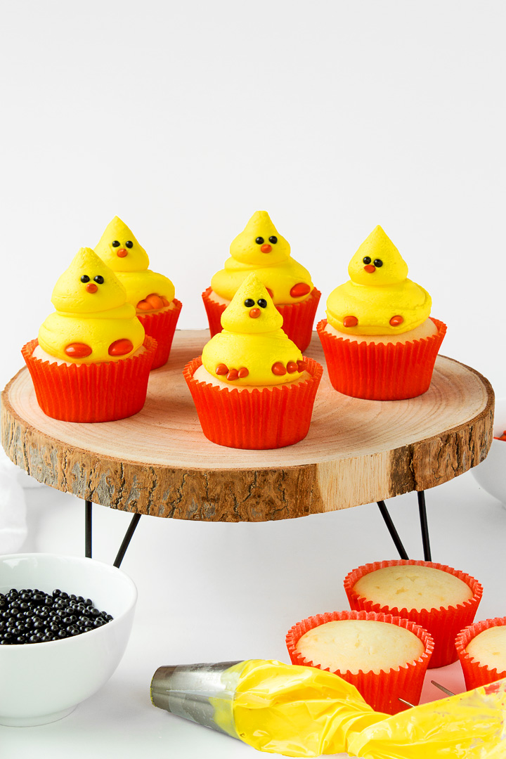 How to Make Cute Chick Cupcakes | The Bearfoot Baker