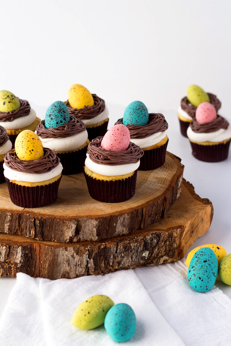 Bird-Nest-Cupcakes-with-Robin-Eggs-Last-Minute Easter Desserts Your Family will Love | The Bearfoot Baker