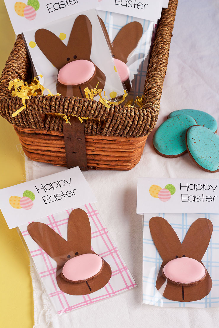 Simple-Easter-Cookie-Card-Last-Minute Easter Desserts Your Family will Love | The Bearfoot Baker