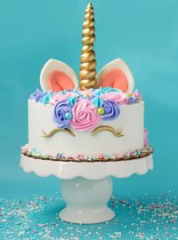Want to Make a Super Easy Unicorn Cake | The Bearfoot Baker