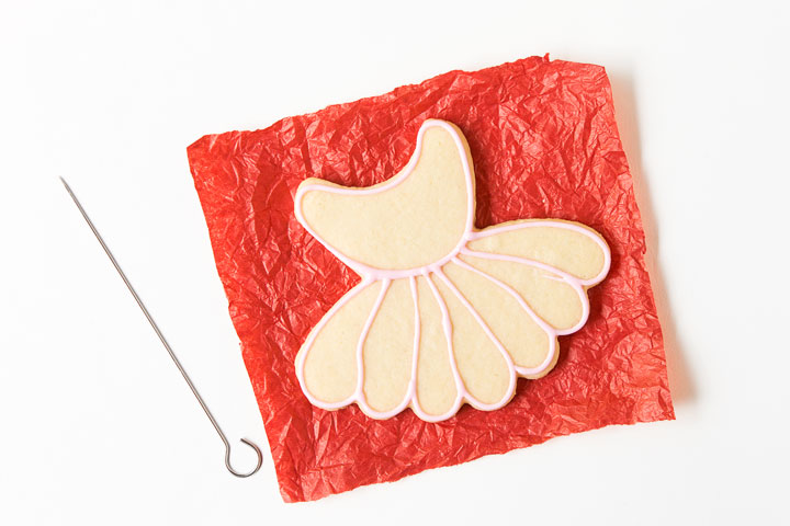 Decorate a Simple Little Ballet Cookie | The Bearfoot Baker