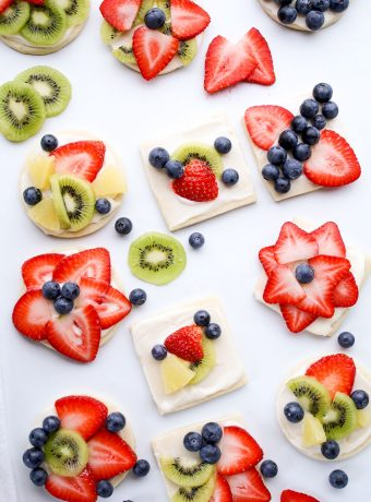 Fun Fruit Pizza That Will Make Your Kids Happy | The Bearfoot Baker