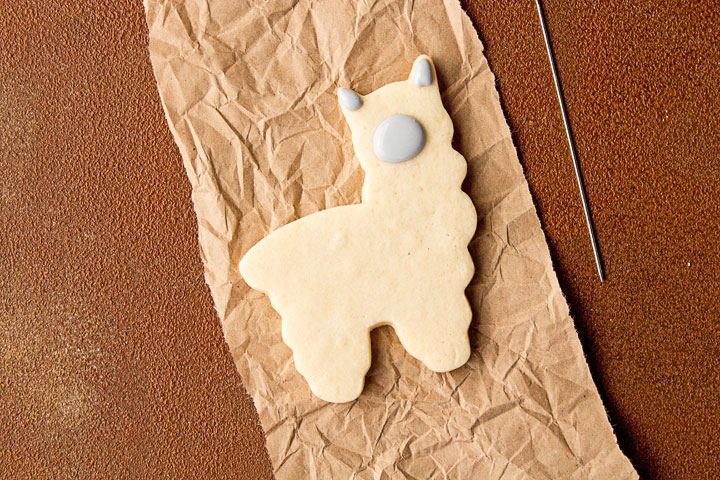 How to Make Cute Llama Cookies | The Bearfoot Baker