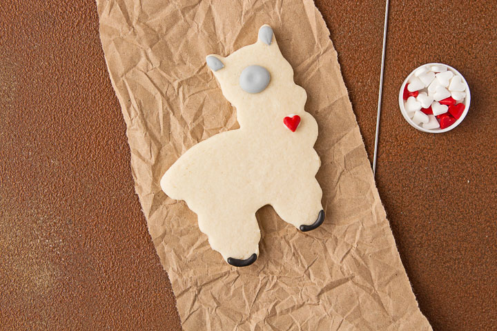 How to Make Simple Llama Cookies | The Bearfoot Baker