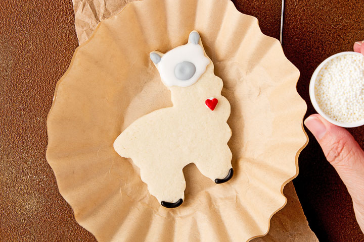 Simple Llama Cookies | The Bearfoot Baker