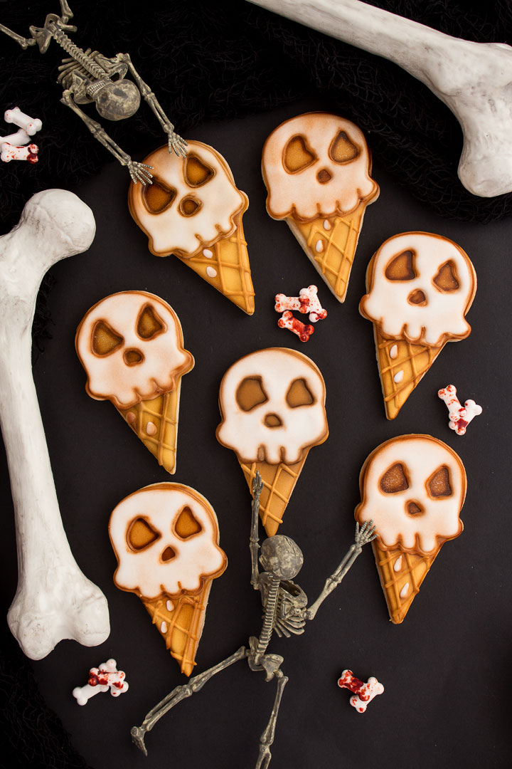 How to Make Spooky Ice Cream Cookies | The Bearfoot Baker