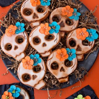 Wicked Skull Cookies with Flowers & a Video | The Bearfoot Baker