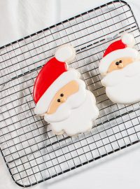 The Cookie Network- How to Make Happy Little Christmas Cookies | The Bearfoot Baker