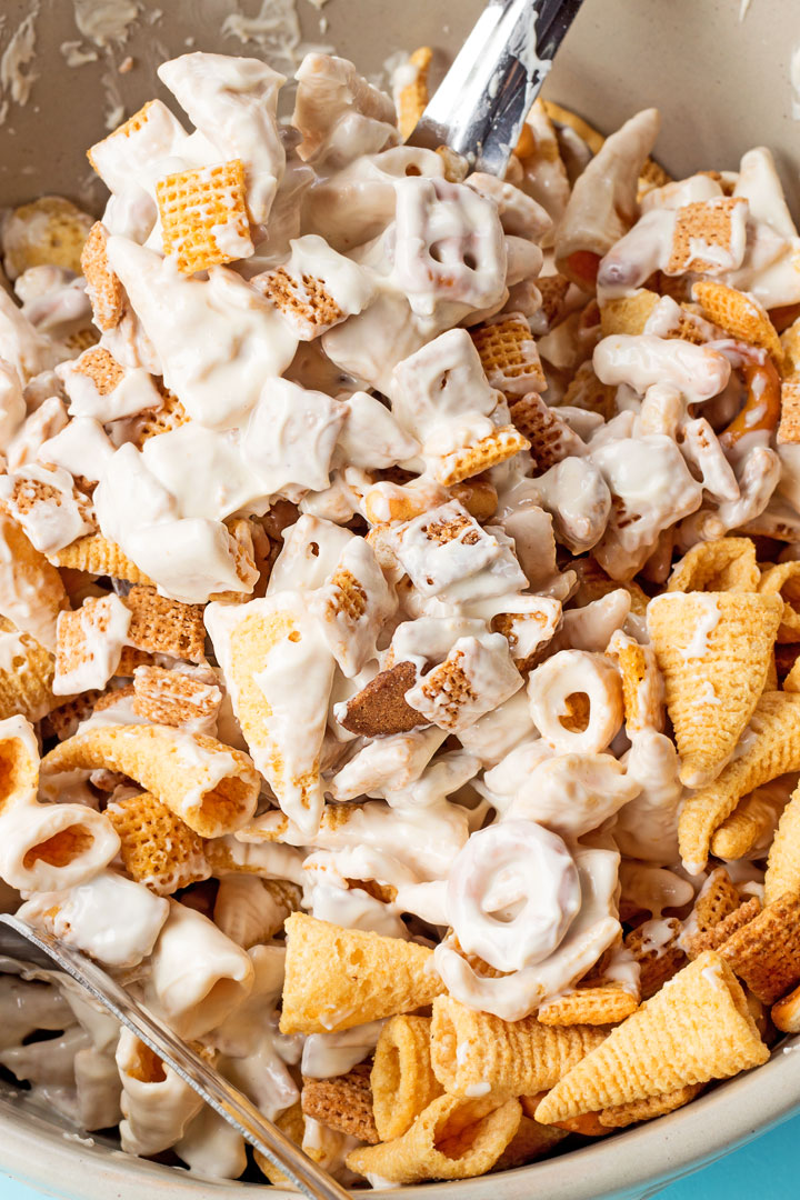 Easy White Chocolate Trail Mix with Bugles and Almond Bark | The Bearfoot Baker