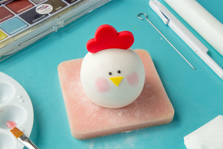 How to Make an Easy Adorable Fondant Chicken | The Bearfoot Baker