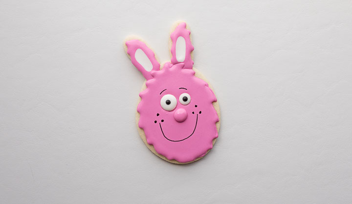 Add a Cute Nose to Easter Egg Bunny Cookie | The Bearfoot Baker