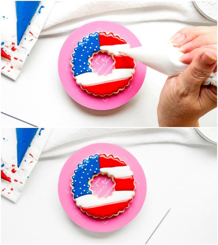 Simple Patriotic Wreath Cookies | The Bearfoot Baker