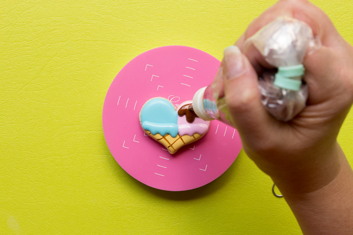 How to Make Cute Little Simple Heart Ice Cream Cone Cookies | The Bearfoot Baker