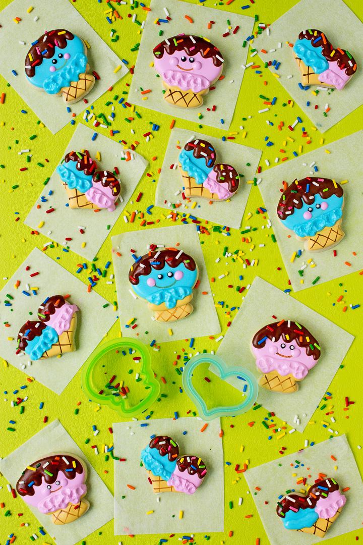 How to Make Happy Mini Ice Cream Cone Cookies | The Bearfoot Baker