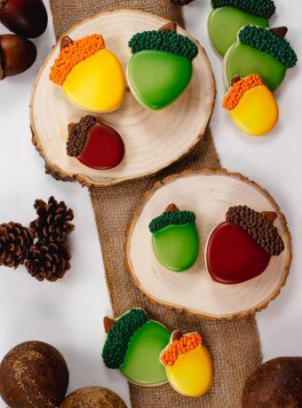 acorn sugar cookies, cookie decorating, decorated cookies