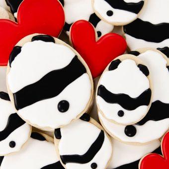 bear cookies, Valentine cookies, Valentine's Day cookies, cookie decorating, royal icing