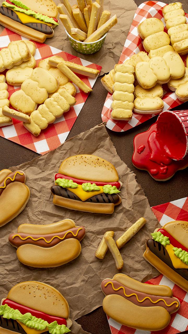 sugar cookies, National Hamburger Day, National Hot Dog Day, Hamburger, Hamburger Cookies, Hot Dog, Hot Dog Cookies, The Bearfoot Baker, royal icing, decorated sugar cookies, cookie decorating