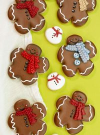 The Bearfoot Baker, Gingerbread Men, Gingerbread Cookie, Flower Cutter, Shape Shifter, Christmas Cookies