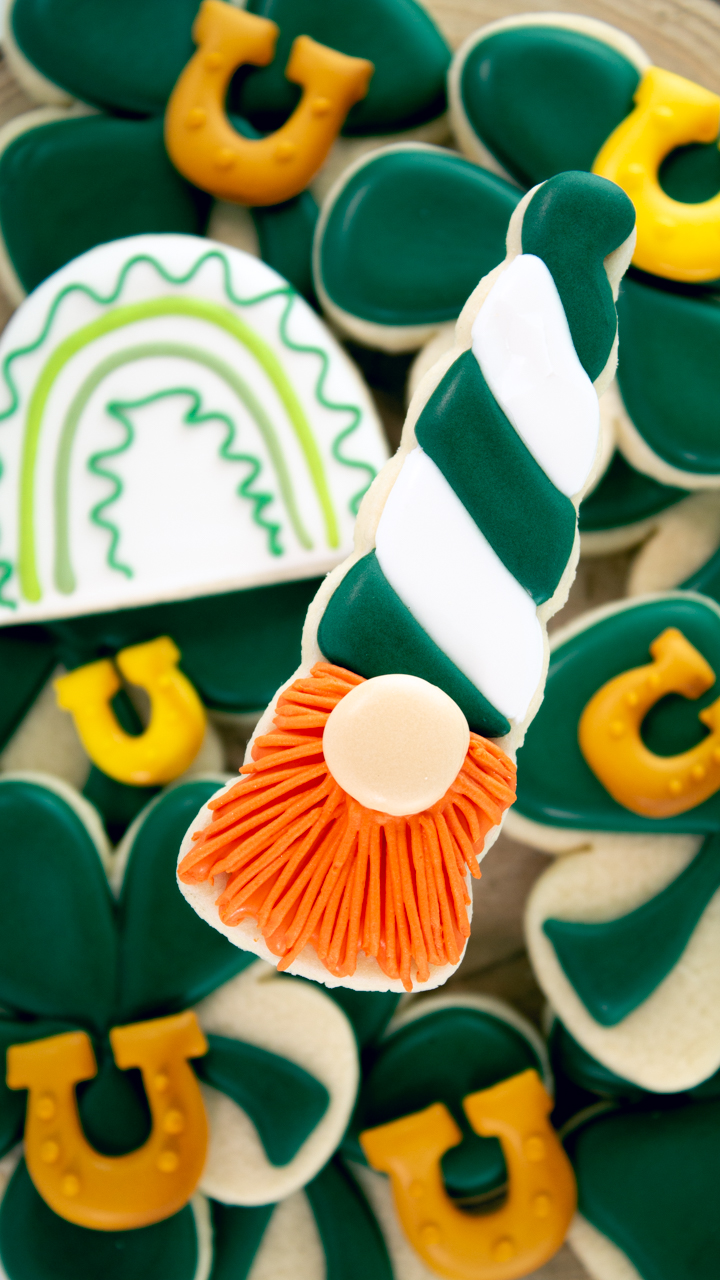 The Bearfoot Baker, gnome cookies, sugar cookies, decorated sugar cookies, royal icing, St. Patrick's Day