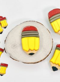 pencil, back to school, kids, The Bearfoot Baker, airbrush, airbrushed cookies, royal icing, sugar cookies