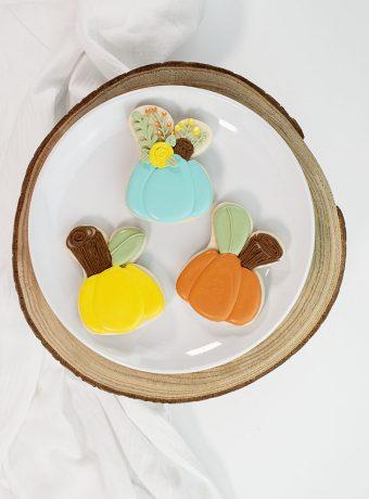 The Bearfoot Baker, Pumpkin cookies, bunny cutter, creative cutters, shape shifter, sugar cookies, royal icing
